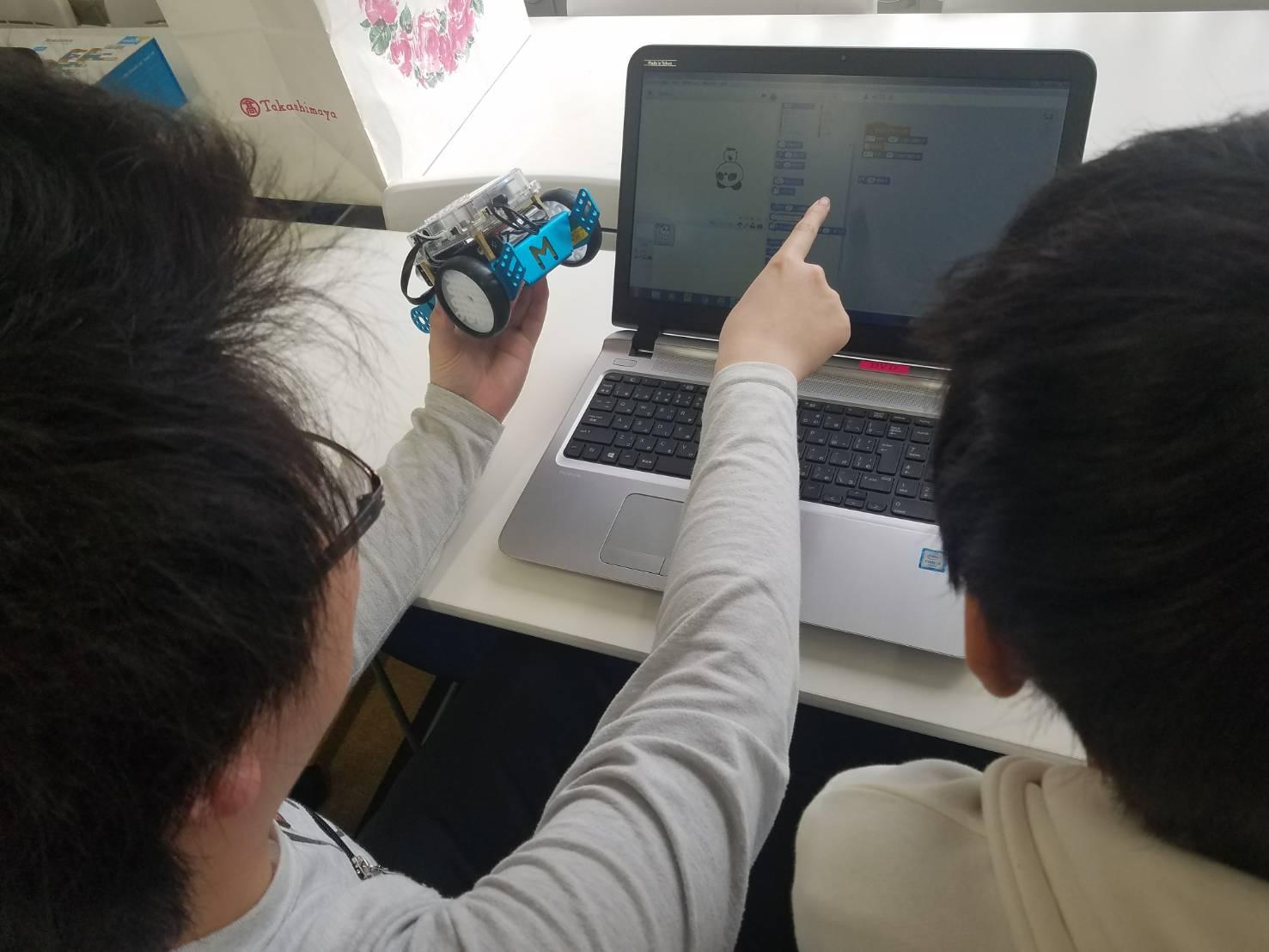 ロボットプログラミング体験開催