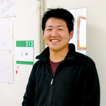 石山  俊介さん