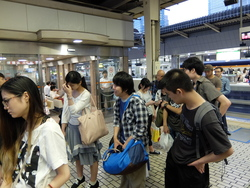 マンガ持込み 神戸 帰りの新幹線