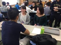 イラスト講評会 佐藤・宮田さん.JPG