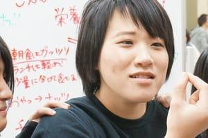 香川県から単身大阪へ。将来はオールマイティに活躍できる声優さんを目指す細川さん。